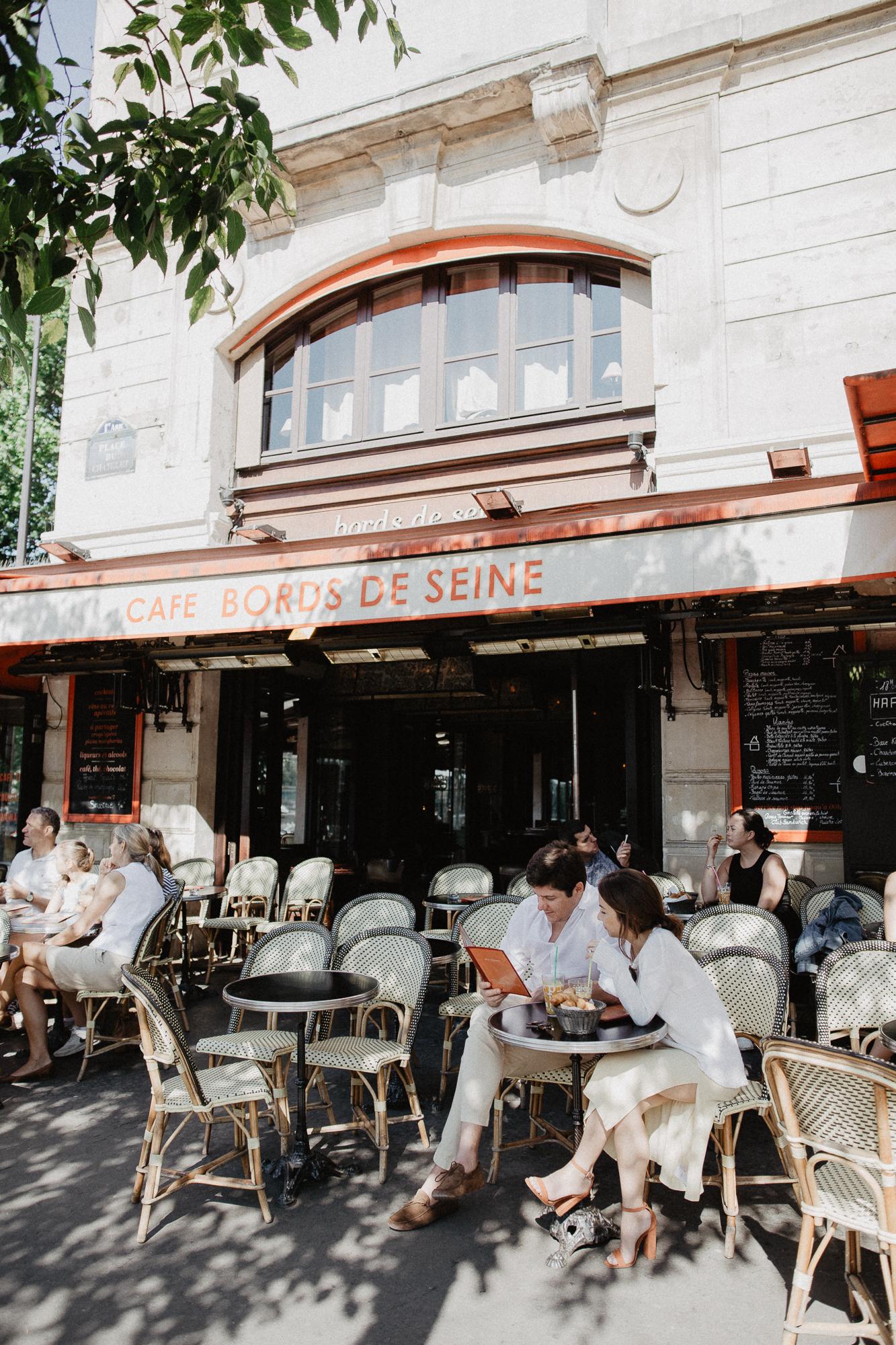 Couple Paris Engagement Cafe Coffee