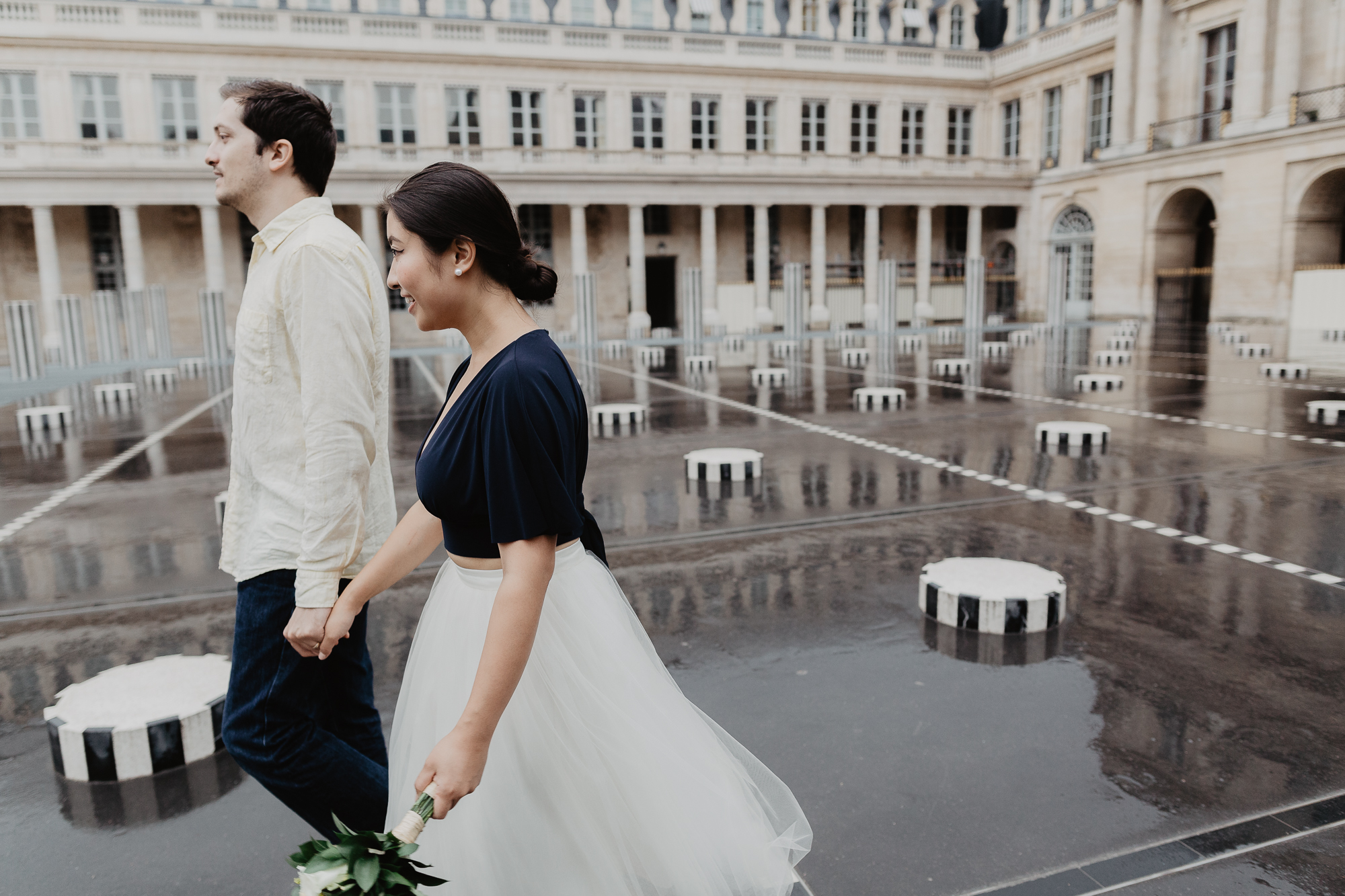 Couple Photography Rain Palais Royal Paris