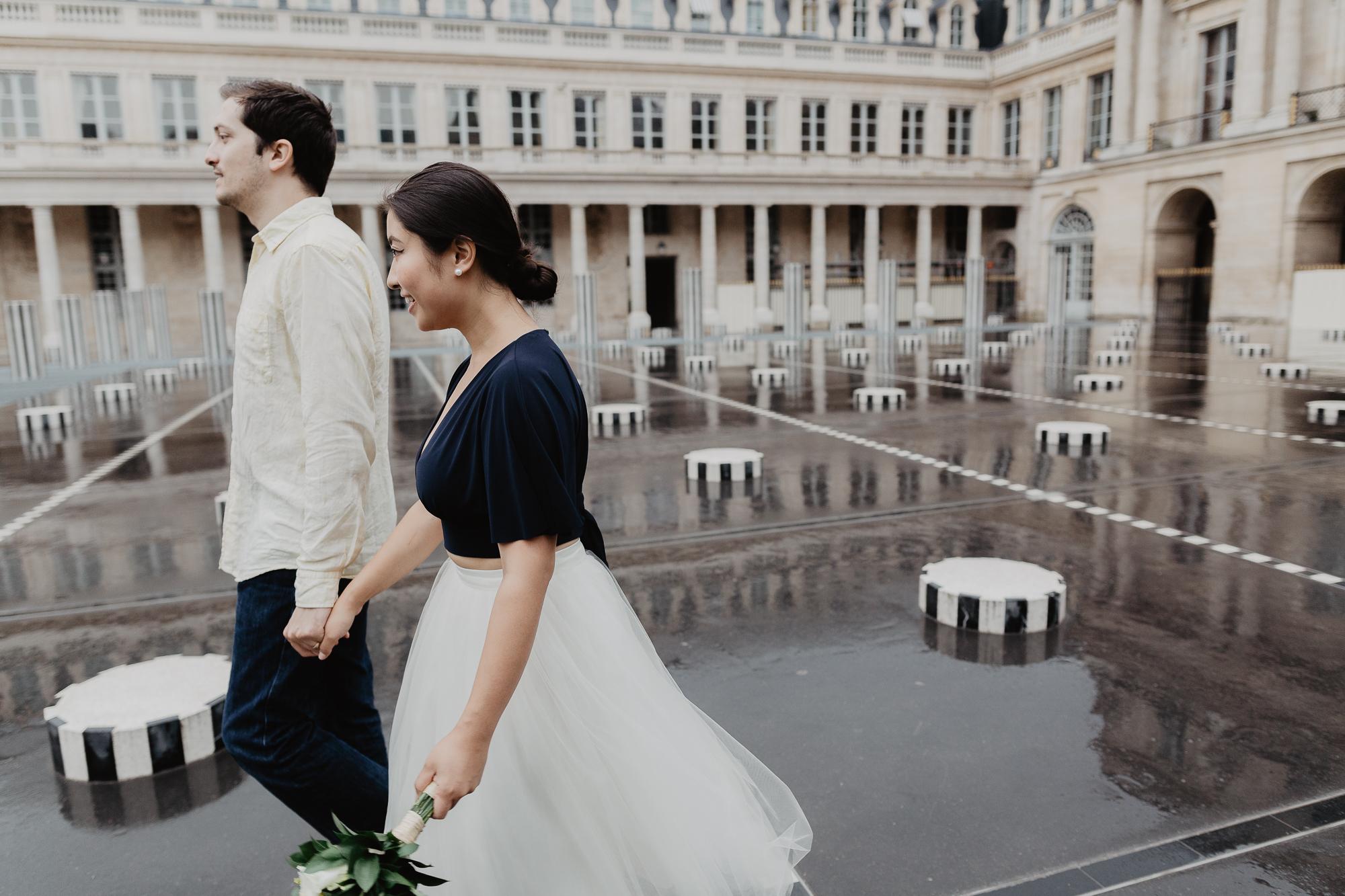 Couple Photography Rain Palais Royal Paris