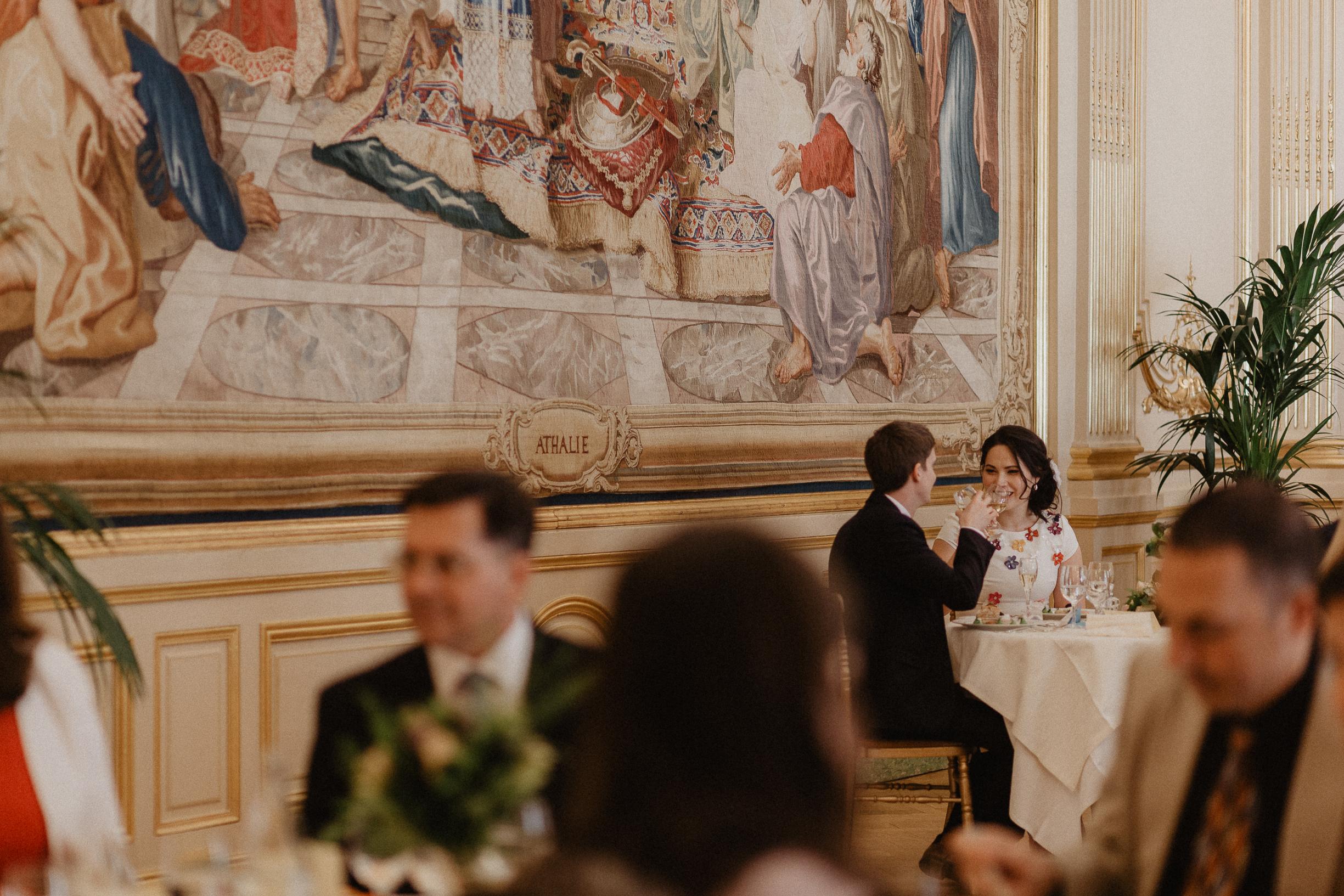 paris wedding photographer Le Cercle de l'Union Interalliée