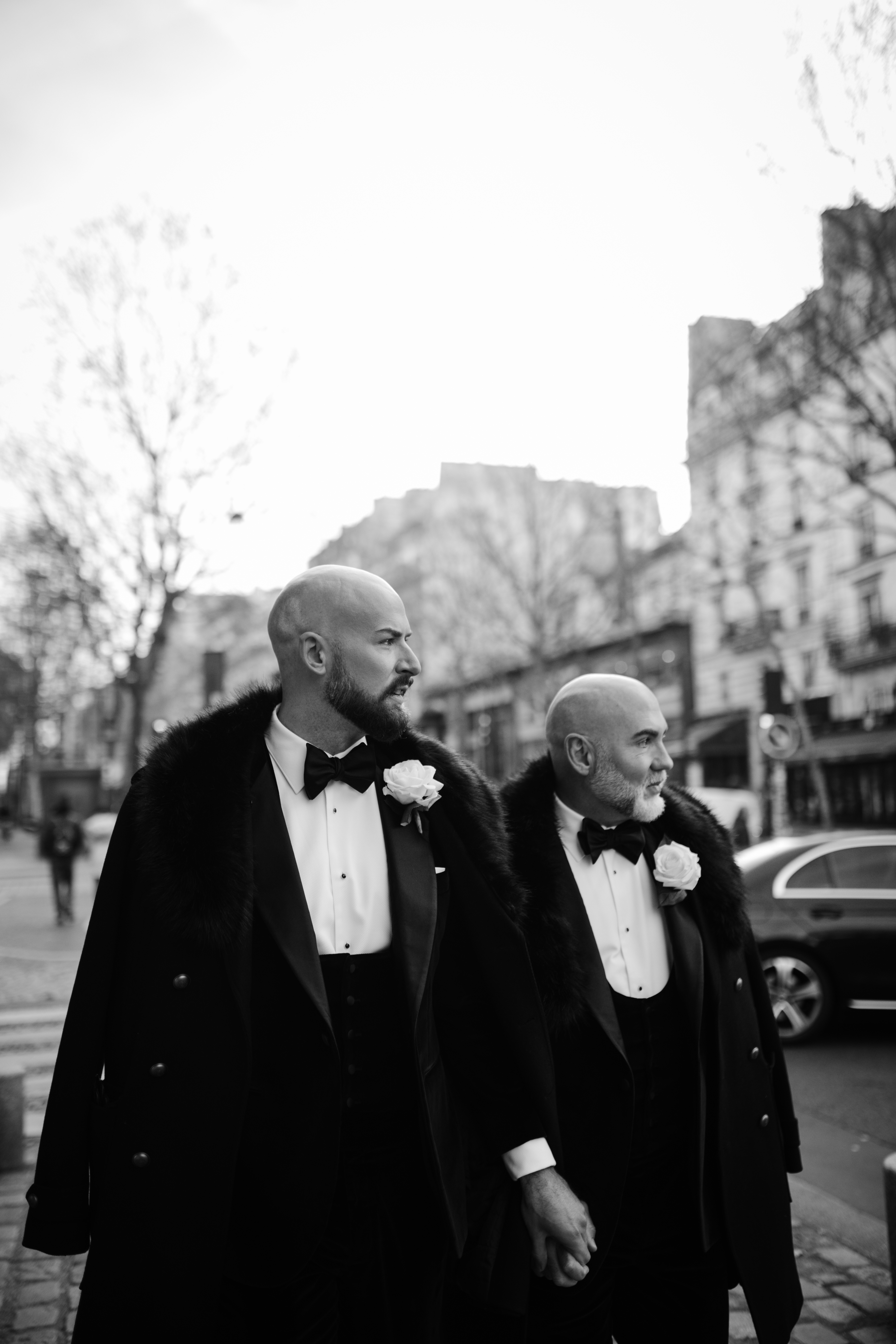 Exclusively together – an elegant gay elopement in Paris