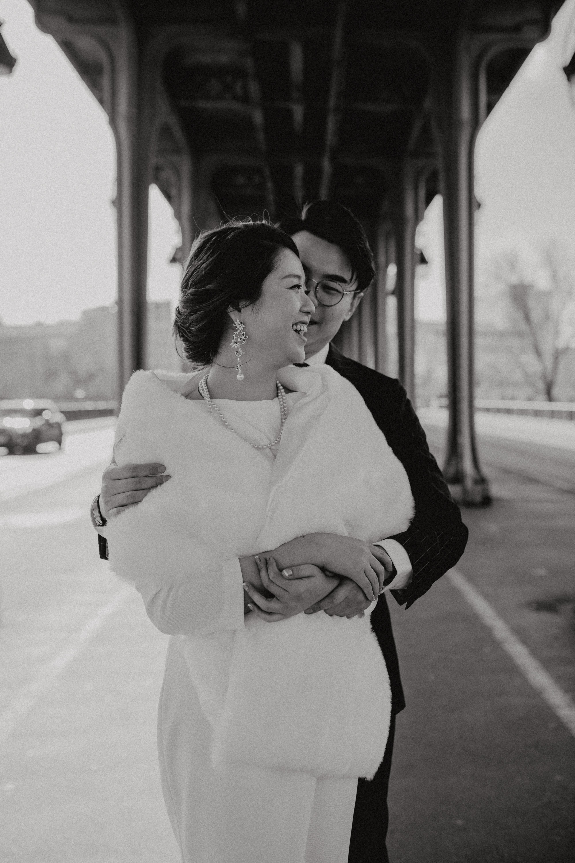 Paris Wedding  street style couple bir hakeim