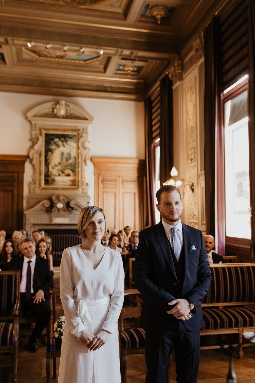 paris mariage civil mairie 4eme photographe couple