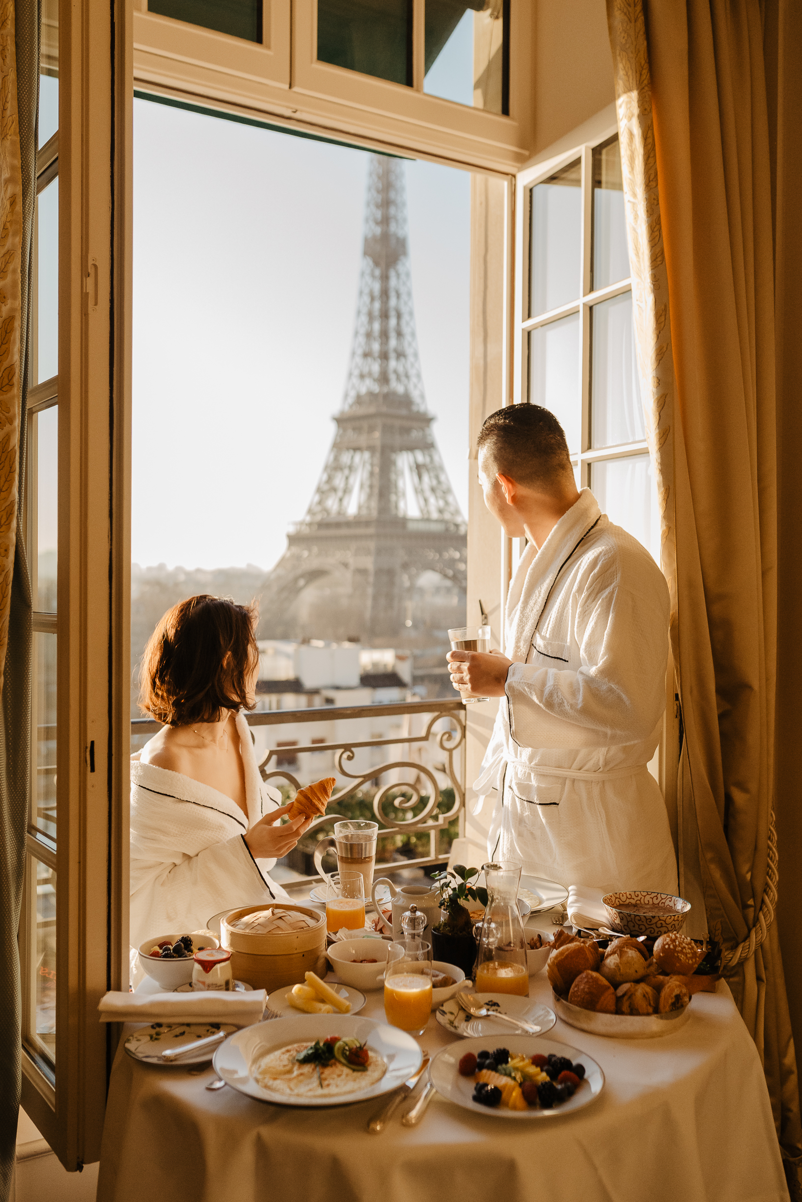 Breakfast wedding at Shangri la Paris with Eiffel tower