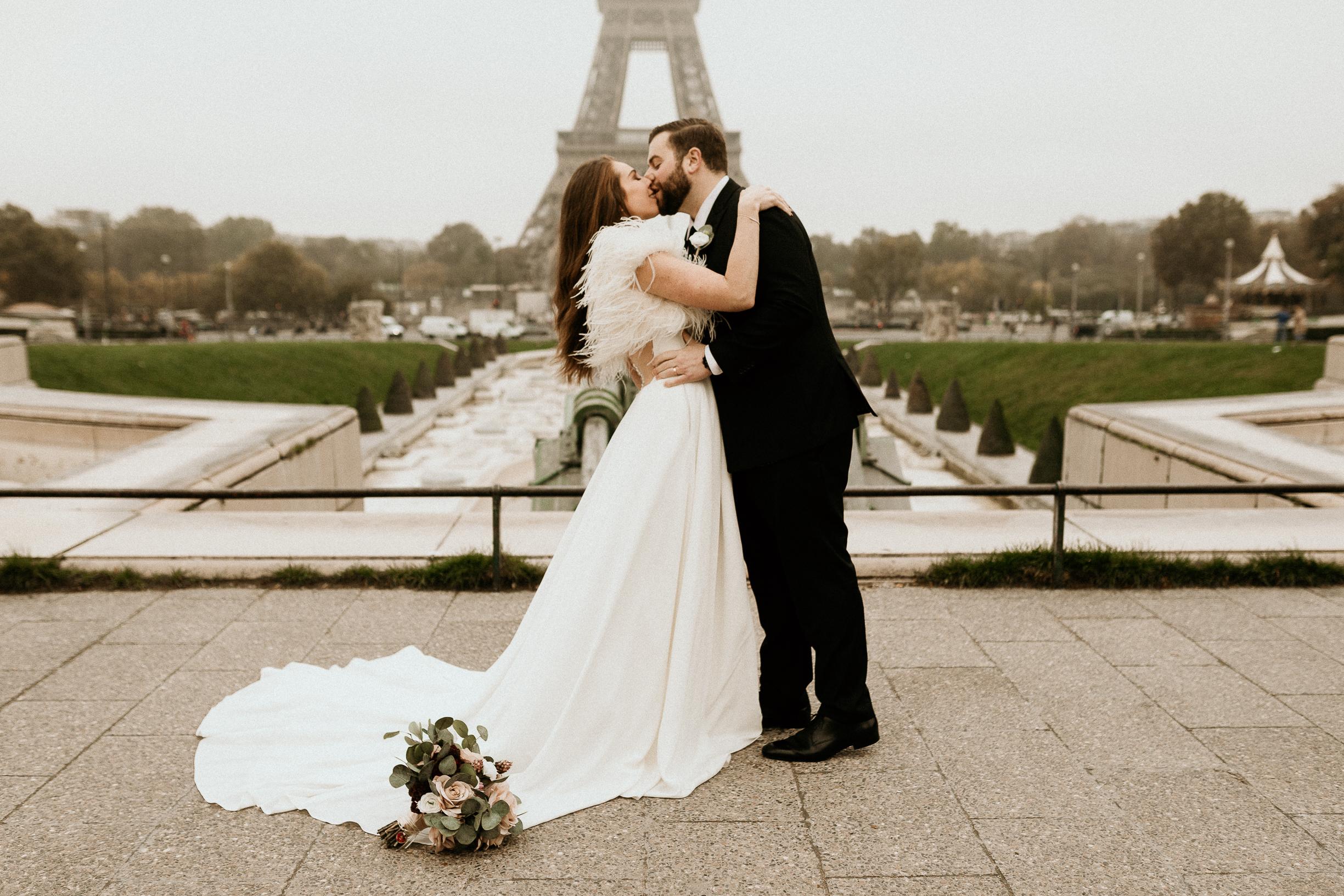 Bride & Groom Paris Elopement Eiffel tower
