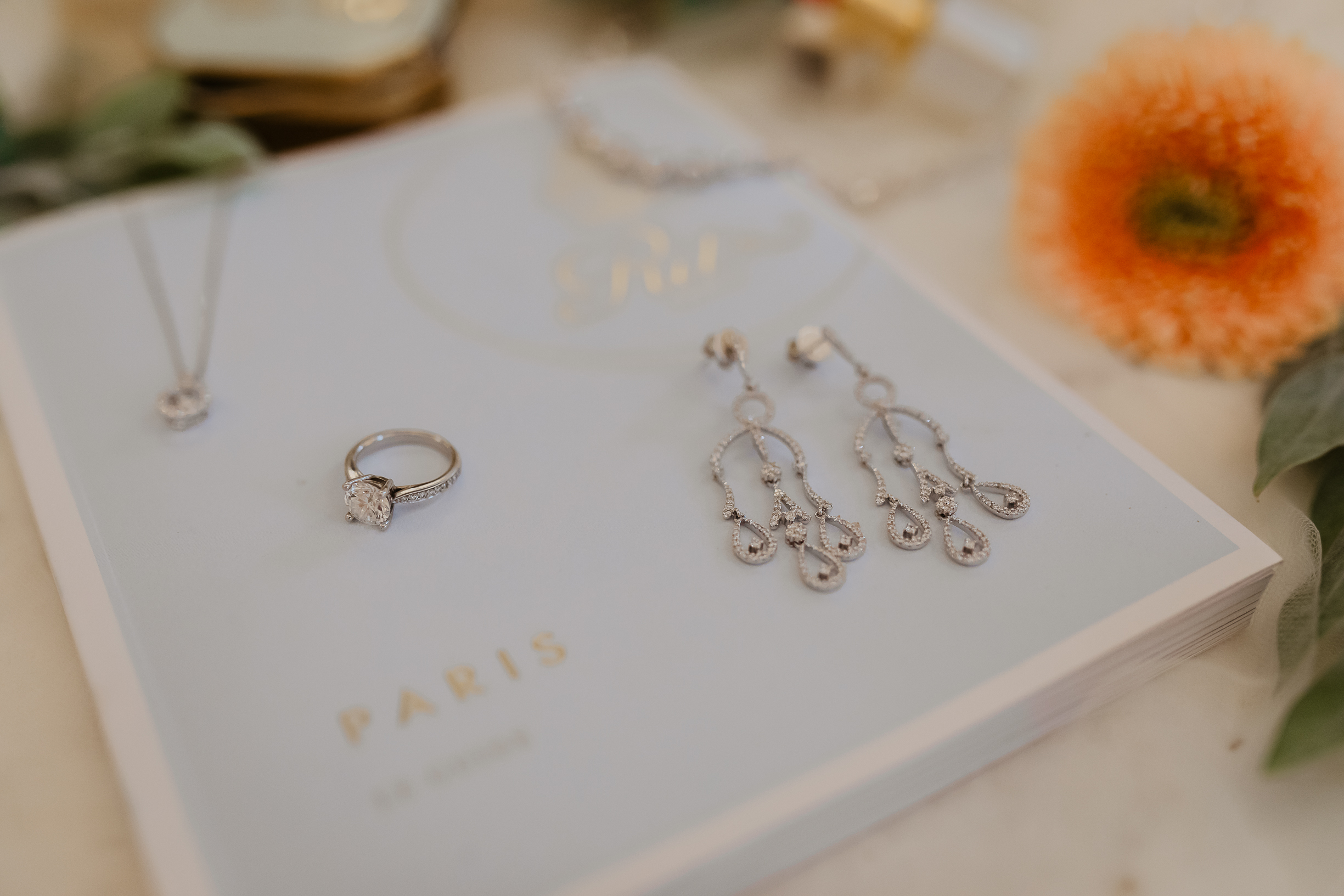 Vow Books & Rings