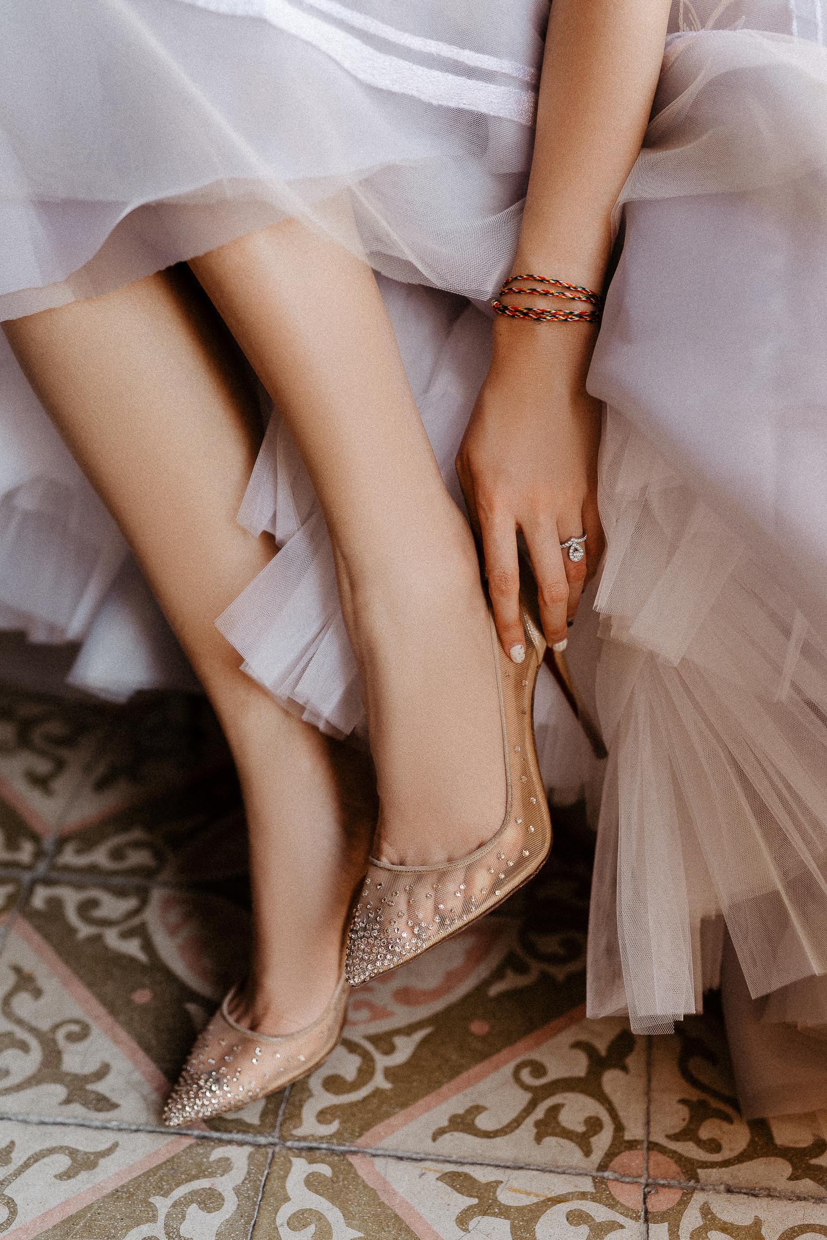 wedding detail louboutin heels
