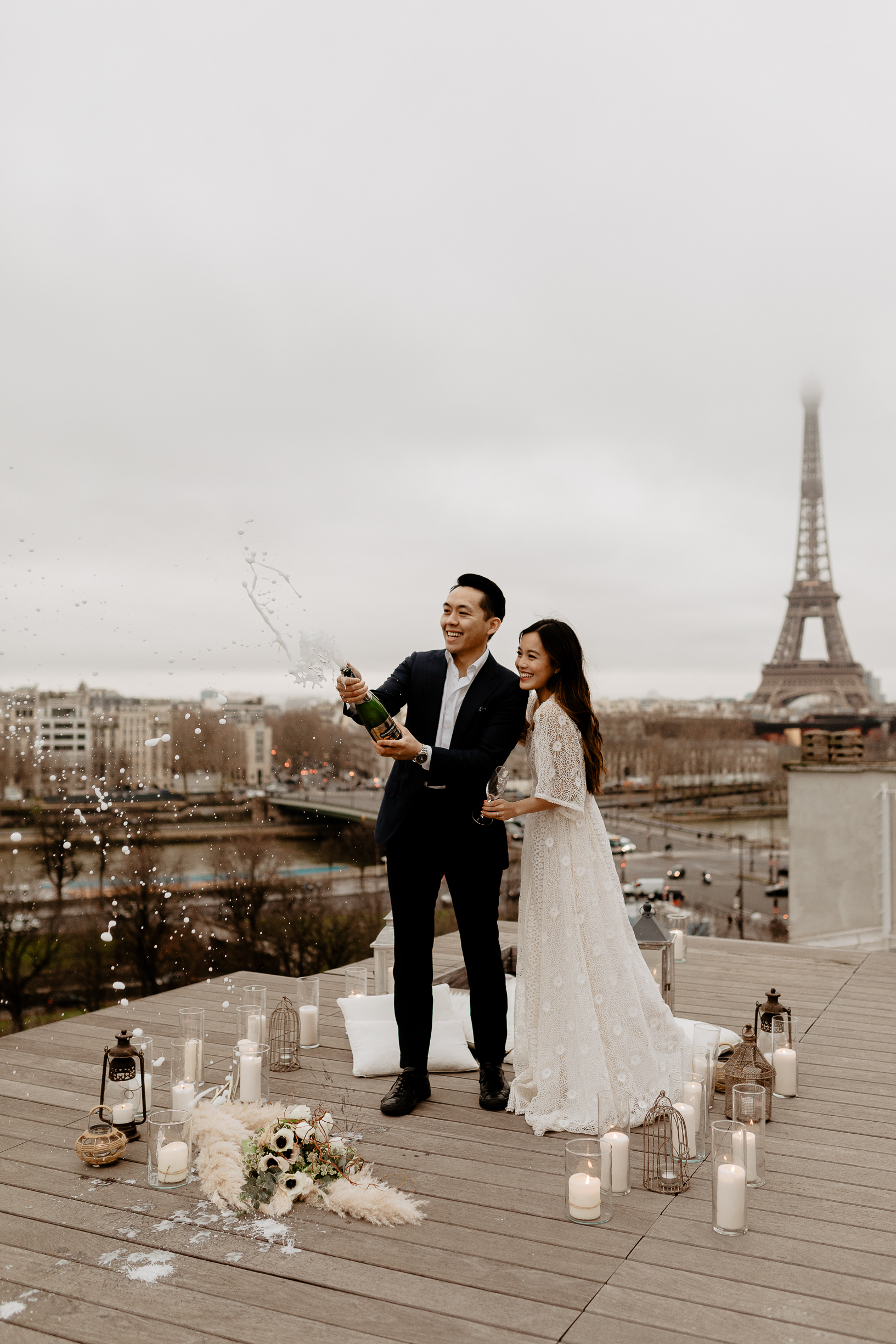 Paris elopement photographer eiffel tower asian