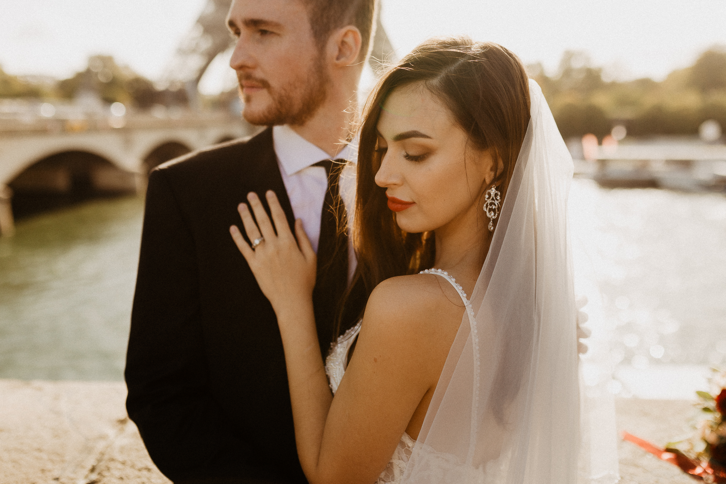 Intimate wedding portrait - paris photographer