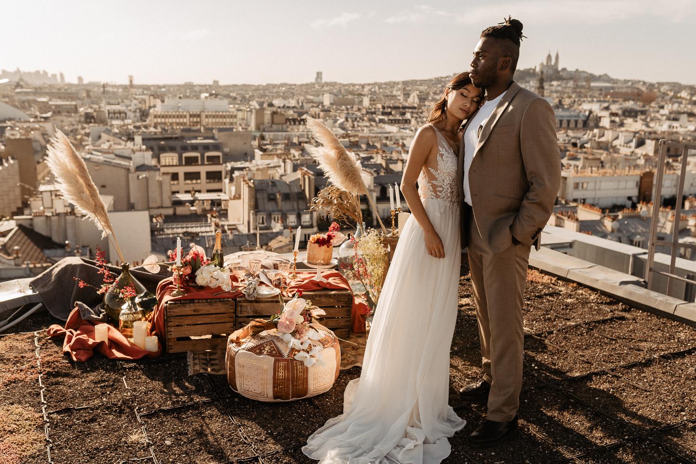wedding photographer on paris rooftop