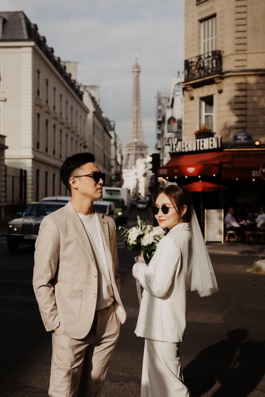 after wedding photoshoot paris wedding