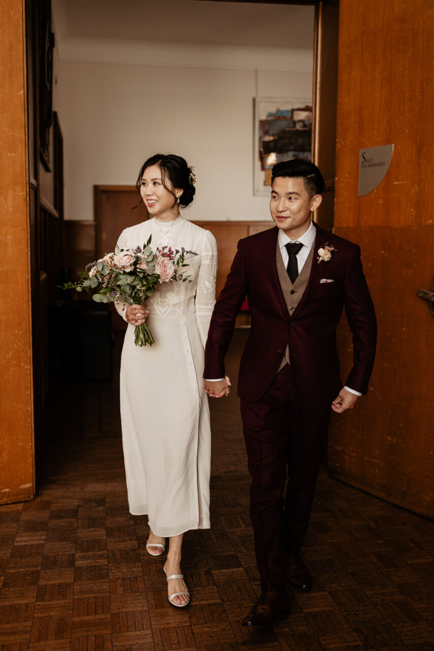 mariage civil paris couple avec fleur nouveau mariage