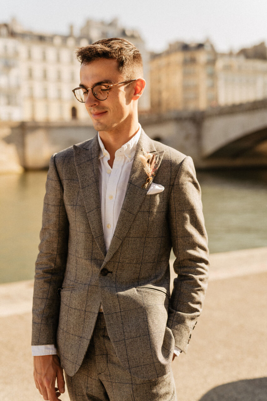 Groom inspiration Paris elopement wedding
