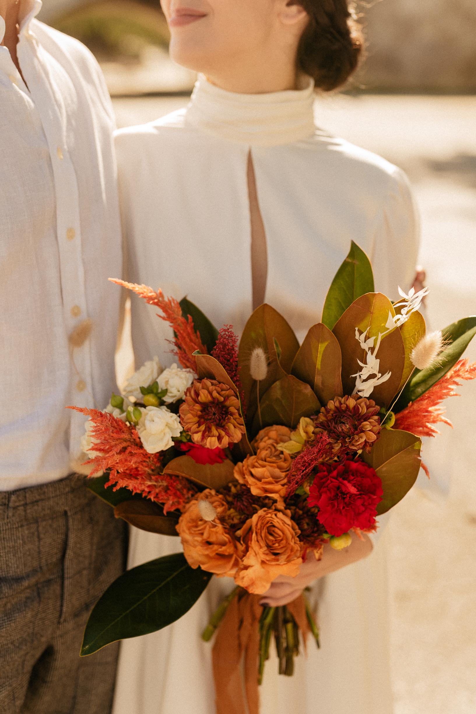 Orange brown toned flower bouquet