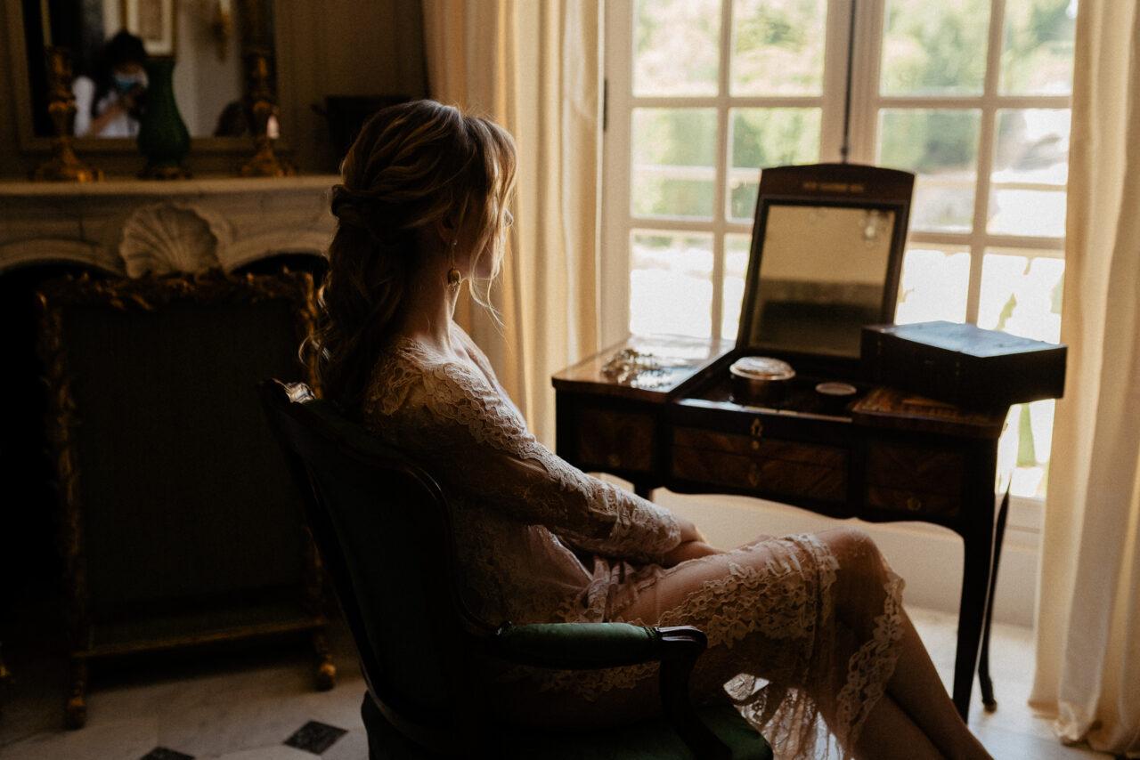 Bride preparation luxury elopement wedding photoshoot at chateau de Villette